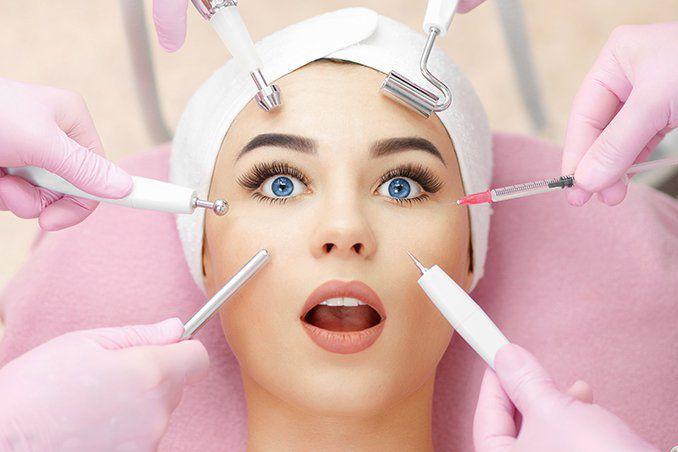 Процедуры в косметологическом кабинете